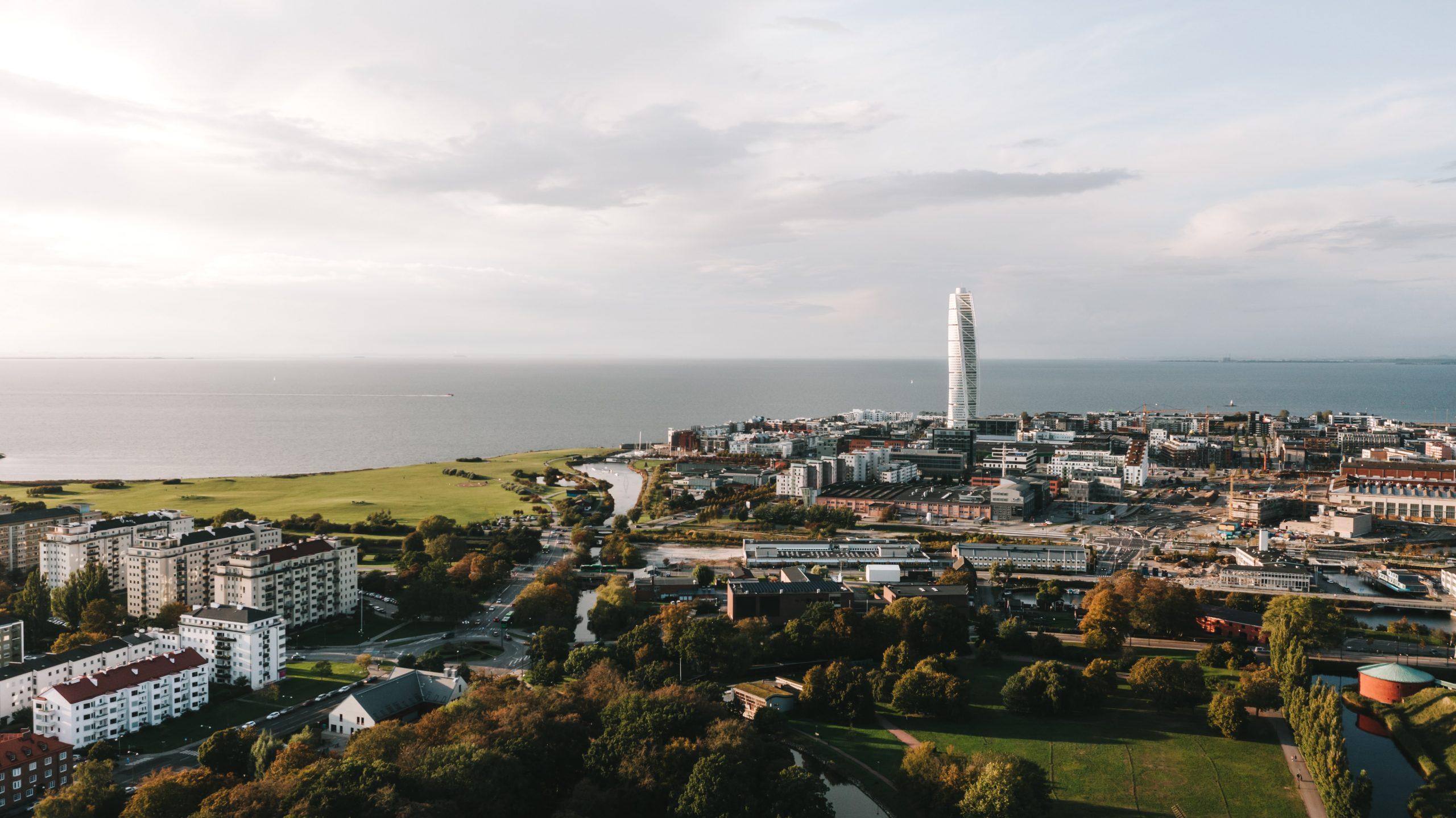 Hur kan det skapas 2000 nya lägenheter och arbetsplatser i Malmö city?